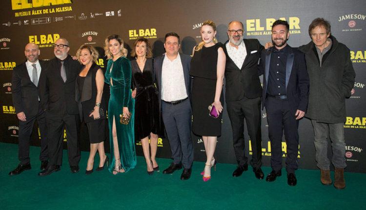 EL BAR de ÁLEX DE LA IGLESIA se estrenó el pasado viernes 24 de marzo